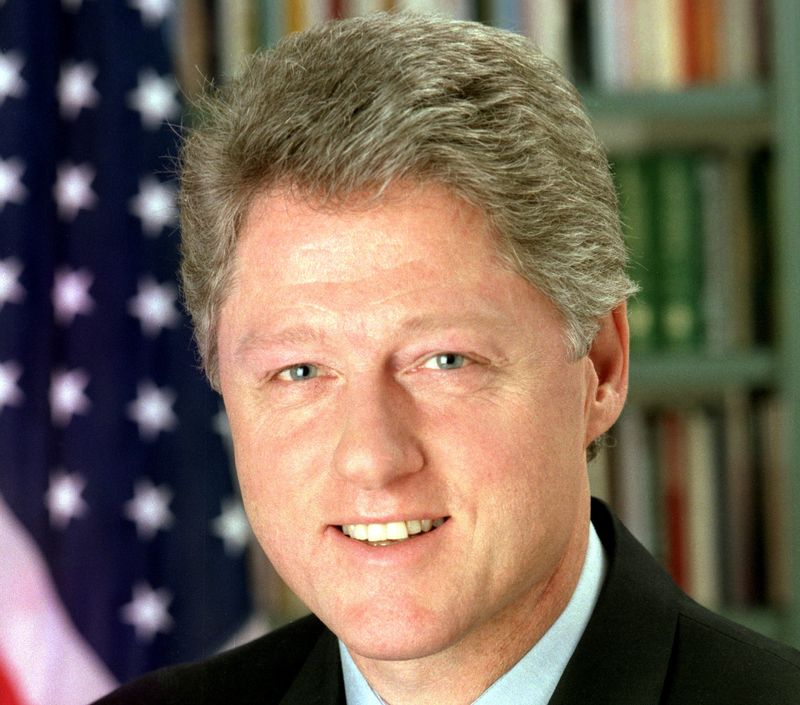 Bill_Clinton_(square)