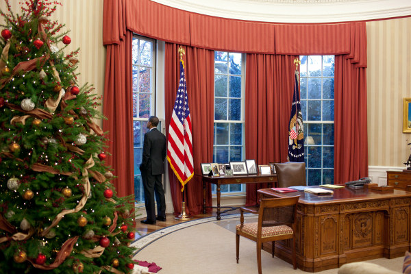 Oval-office-2010-christmas